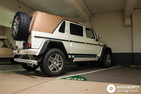 The exceptional g 650 landaulet follows the equally spectacular variants g 63 amg 6x6 and g 500 4x42. Mercedes-Maybach G 650 Landaulet W463 - 23 November 2019 - Autogespot
