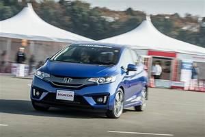 Honda Hybride Occasion : nouvelle honda jazz 2015 essai de la version hybride l 39 argus ~ Maxctalentgroup.com Avis de Voitures