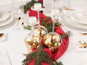 Tischdeko Zu Weihnachten Ideen : schnelle tischdeko zu weihnachten in rot und gold myprintcard ~ Markanthonyermac.com Haus und Dekorationen