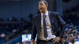 NCAA investigating UConn men's basketball program ...