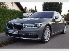 BMW 7er 2015 Ganze Flotte vor BMW Welt München geparkt
