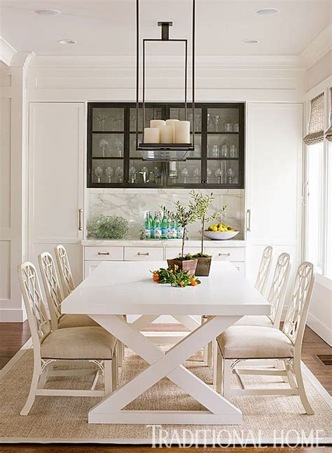 different kitchen cabinets 25 best ideas about casual dining rooms on 3323