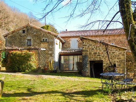 maison 224 vendre en rhone alpes ardeche lamastre charmante maison avec deux beaux g 238 tes lieu