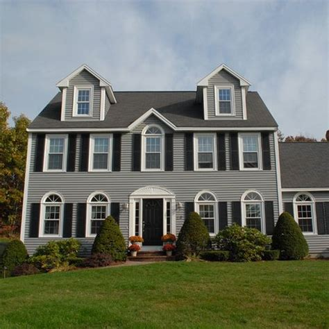 best 25 colonial style homes ideas on colonial style house colonial exterior and