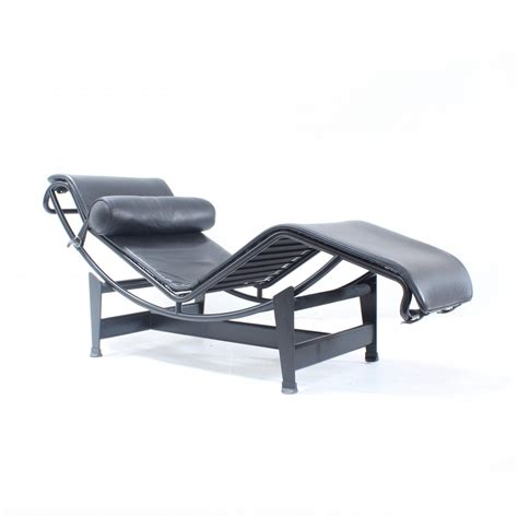 chaise copacabana lc4 chaise longue black edition lounge chair
