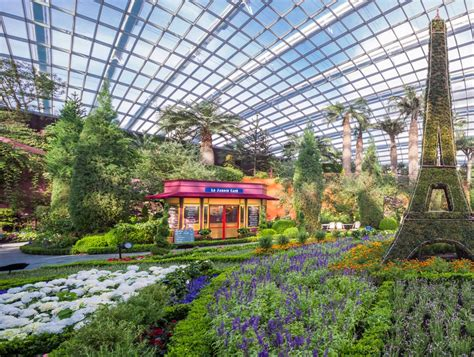 Gardens By The Bay And