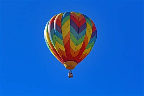 hot air balloon new allows hogs from air balloons but few balloonists will offer it the