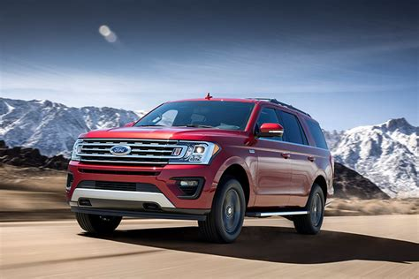 Ford Suv Truck by 2018 Ford Expedition Fx4 Road Package Toughens Up Big