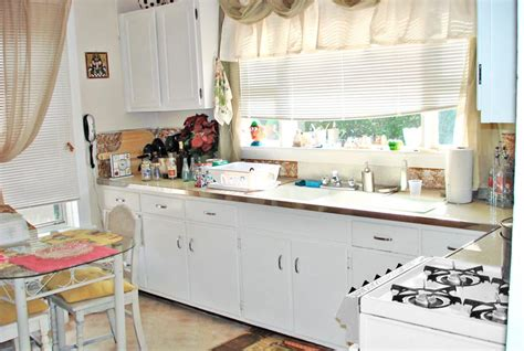 makeover kitchens on a budget kitchen makeovers on a budget homesfeed 9111