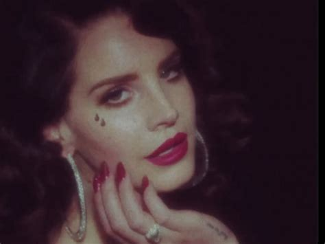 makeup tutorial lana del rey young  beautiful