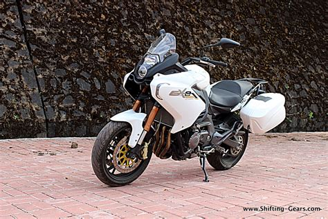 Review Benelli Bn 600 by Benelli Bn 600gt Tnt 600gt Review Shifting Gears