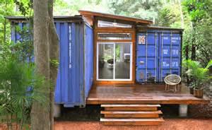 dise 241 o de casa reciclada hecha de contenedores fachada y