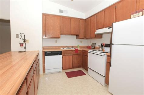 Kitchen And Bath Fresno Ca by Beechwood Apartments Fresno Ca Apartments