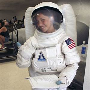 NASA - NASA Inspires Students at Native American Reservation
