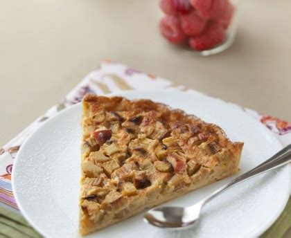 recettes cuisine rapide tarte à la rhubarbe facile et rapide recette de tarte à