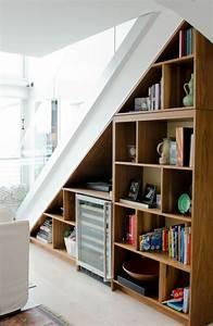 Regal Unter Der Decke : bucherregal unter der treppe design idee m belideen ~ Lizthompson.info Haus und Dekorationen