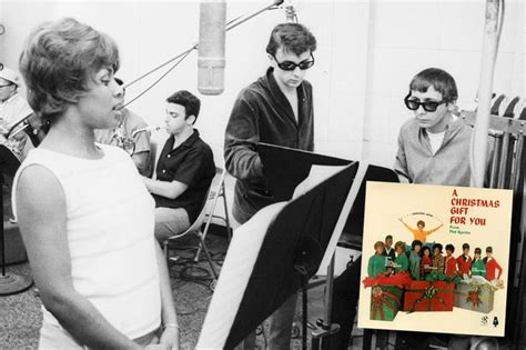 Phil Spector's A Christmas Gift For You Is An All-time
