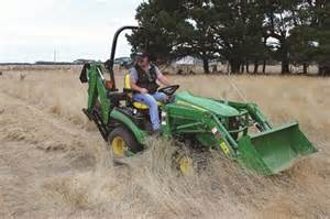 deere 1025r sub compact utility tractor review