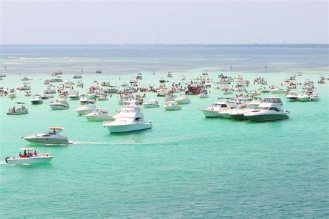 Crab Island Boat Rentals Destin Fl by The Best Way To Enjoy Crab Island In Destin Floridas E A