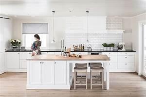 Cuisine Bois Et Blanc : cuisine bois blanc luminosite accueil design et mobilier ~ Dailycaller-alerts.com Idées de Décoration
