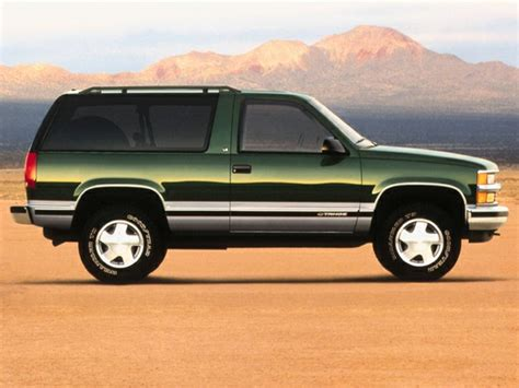 1999 Chevrolet Tahoe Specs, Pictures, Trims, Colors