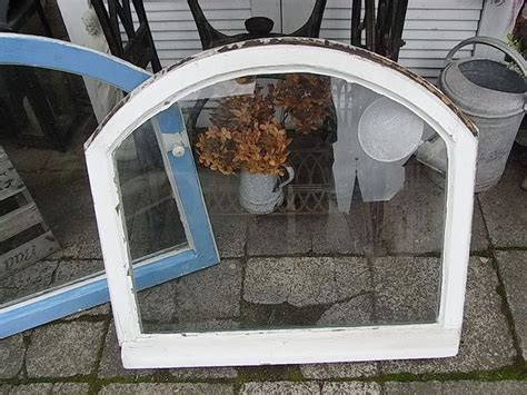 bilderrahmen mit spiegelrahmen 1 wundersch 246 nes antikes holzfenster ein fl 252 gel bogenfenster ohne rahmen verglast echter