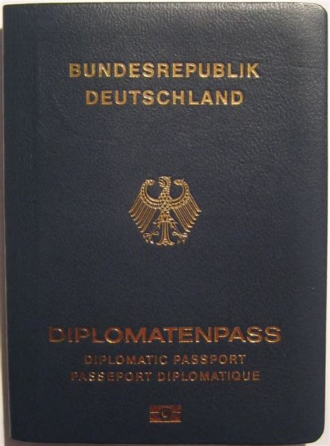 Diplomatenpass – Wikipedia