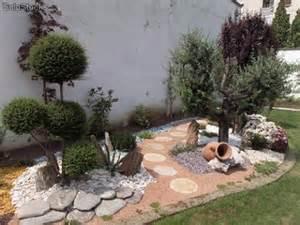 Mobili lavelli sassi per giardini