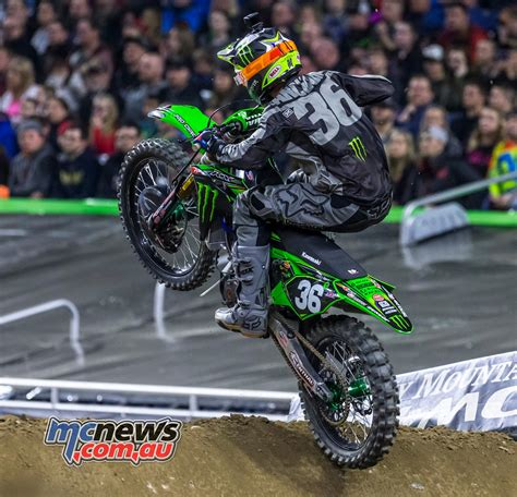 tomac wins  smith opens win account video