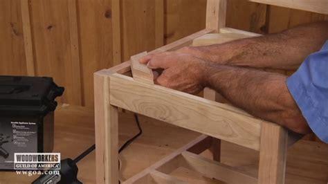 install corner blocks woodworkers guild  america