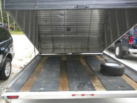 The flooring is on an 8.5′ wide roll and sold by the square foot. 1999 12' R&R enclosed tilt snowmobile / ATV trailer ...