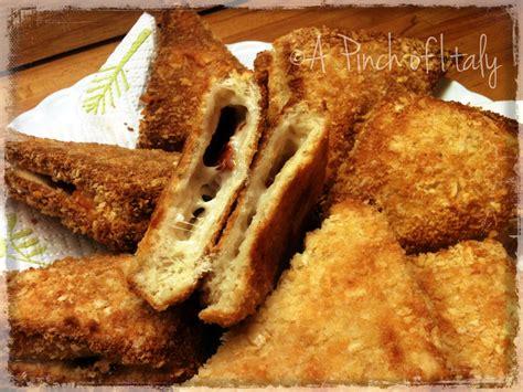 ricetta di mozzarella in carrozza mozzarella in carrozza al forno ricetta fingerfood a