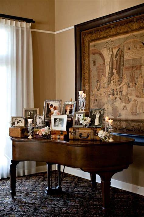 beautiful vignette   grand piano   wedding
