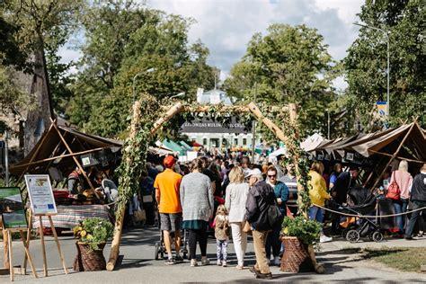 Simjūda tirgū - arī «Livonijas garša» | eLiesma