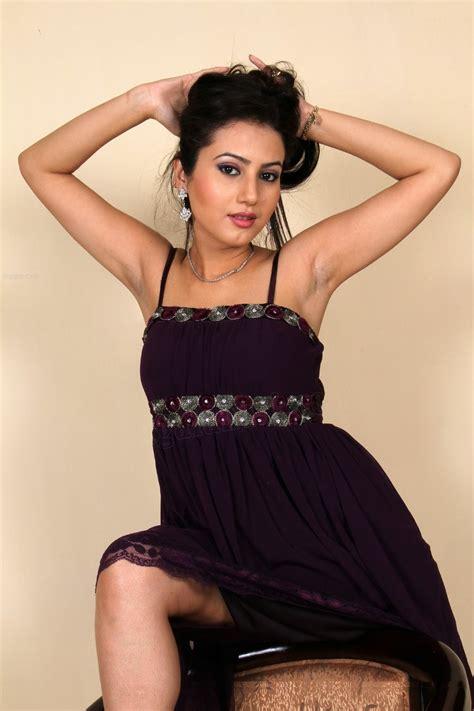 hot anu smruthi  telugu girls desi girls south