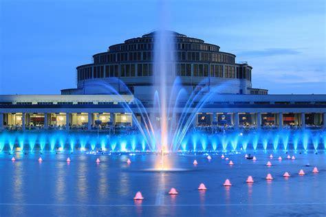 ヴロツワフの百周年記念ホール   世界遺産プラス   世界遺産を ...