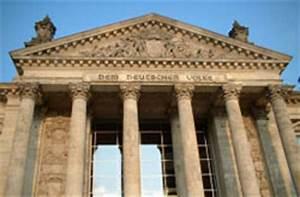 Neue Sachlichkeit Architektur Merkmale : historismus architektur und baustilkunde ~ Markanthonyermac.com Haus und Dekorationen