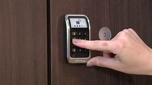 Master Lock 3685 Electronic Built