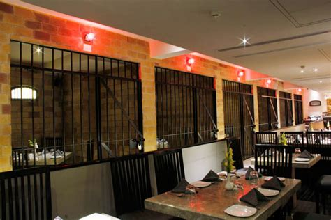 Kaidi Kitchen Buffet by Seven Unique Concept Cafes And Restaurants To Try In India