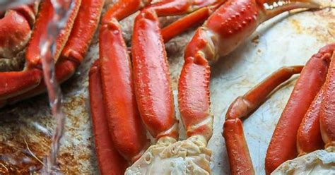 how 2 cook crab legs how to cook crab legs perfectly crab legs and cocktail sauce