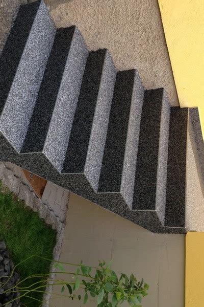 revetement antiderapant pour escalier rev 234 tement pour escalier en tapis de pierres