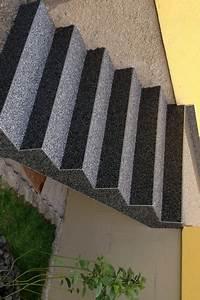 Bache Anti Herbe Sous Gravier : rev tement pour escalier en tapis de pierres ~ Edinachiropracticcenter.com Idées de Décoration