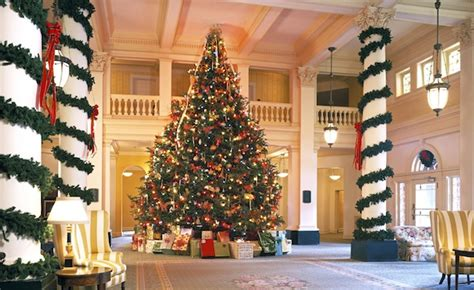 12 foot white christmas 2000 lights in springs va the omni homestead s tree is a 21 foot frasier fir from