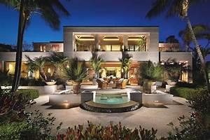 Amazing waterfront estate on Newport Beach, California