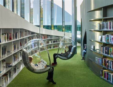 A Futuristic Library In France Is Like The City's Living Room (pictures