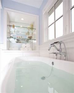 Benefits of adding glass bathroom shelves midcityeast for Benefits of adding glass bathroom shelves