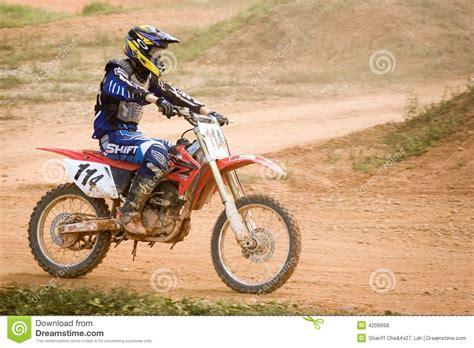 motocross action videos motocross action editorial image cartoondealer com 16815698