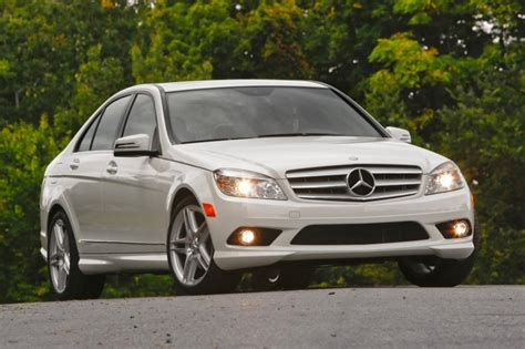 2010 Bmw 3-series Vs 2010 Mercedes-benz C Class
