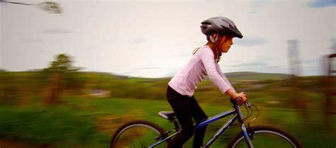 siege velo a partir de quel age a quel âge apprendre à faire du vélo