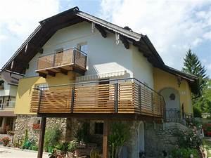 Balkon Sichtschutz Holz : balkongel nder stahl pulverbeschichtet mit holz ~ Watch28wear.com Haus und Dekorationen